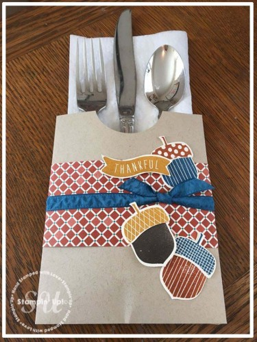 Acorny Thanks, silverware pouch to dress up your Thanksgiving table