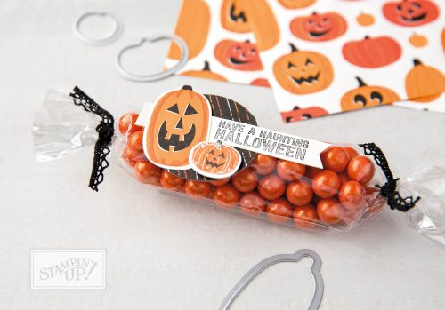Halloween Treat bag using Spooky Night Designer Series Paper cut with Patterned Pumpkin Thinlits dies, Stampin Up